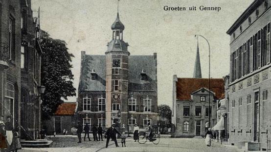 Markt-stadhuis-omstreeks-1920