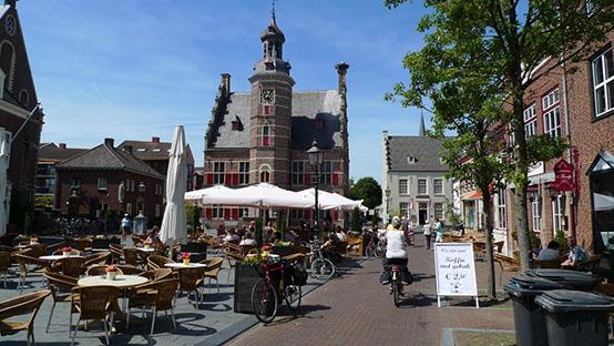 Markt-stadhuis-terrassen