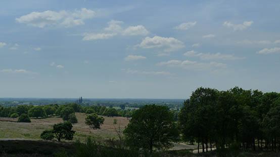 Mookerheide-uitzicht-St-Martinuskerk-Cuyk
