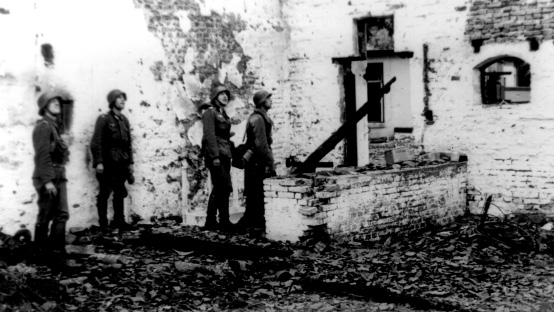 Duitse-soldaten-na-gevechten-Plasmolen-sept-1944