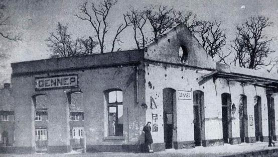 Verwoest-station-Gennep-1945